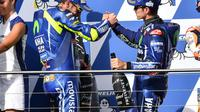 Bos Yamaha, Massimo Meregalli, mengaku dibuat was-was oleh Valentino Rossi dan Maverick Vinales yang menggunakan dua pilihan ban berbeda di MotoGP Australia. (dok. MotoGP)