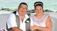 Pasangan pengantin yang baru menikah 10 bulan ini harus berpisah karena alasan tragis. (Sumber Foto: Mirror)