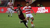 Gelandang muda Madura United, Syahrian Abimanyu. (Bola.com/Aditya Wany)