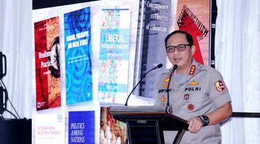 Komjen Gatot Eddy Pramono  kuliah umum di Universitas Riau. (Istimewa)