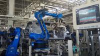 Proses perakitan mobil di pabrik Suzuki di kawasan Industri GIIC Deltamas, Cikarang, Bekasi, Jawa Barat. (Oto.com)