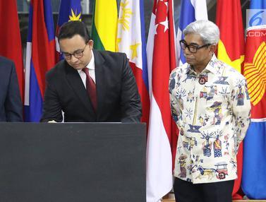 Anies Baswedan Resmikan Stasiun MRT ASEAN
