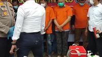 Sekretaris Daerah (Sekda) Kabupaten Nias Utara, Yafeti Nazara (57), ditangkap pihak Polrestabes Medan saat berada di tempat hiburan malam di Medan