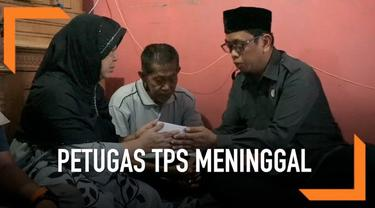 Badan Pengawas Pemilu Jawa Barat datangi keluarga almarhum Ganjar Faturahman, petugas TPS berusia 28 tahun yang meninggal saat sedang jalankan tugas sebagai petugas TPS di Baleendah.