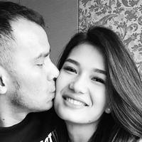 Judika Nalon Abadi Sihotang atau akrab disapa Judika menikah dengan Duma Riris pada 31 Agustus 2013 setelah berpacaran selama lima setengah tahun tanpa restu orang tua Duma. (Liputan6.com/IG/@duma_riris)