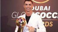 Cristiano Ronaldo pakai jam tangan termahal di dunia. (dok.Instagram @media7ht/https://www.instagram.com/p/B6rwewbpzWJ/Henry)