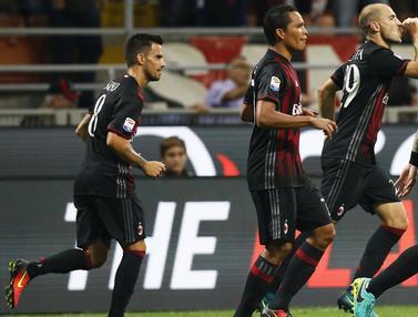 20161003-AC-Milan-Sassuolo-Liga-Italia-Reuters