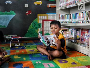 Menumbuhkan Sadar Literasi Lewat Gerakan Baca Jakarta