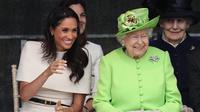 Meghan Markle bersama Ratu Elizabeth. (Sumber: @theroyalfamily)