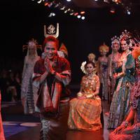 Vera Anggraini rancang kebaya pengantin dari berbagai macam etnik. (Foto: dok.Kirani Komunikasi)