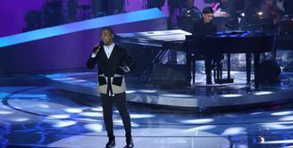 Marcell Siahaan, salah satu penyanyi yang terinspirasi dengan karya-karya yang telah dilahirkan oleh musisi Yovie Widianto. Mengagumi sosok Yovie, ternyata ada lagu yang sangat disukai Marcell. (Nurwahyunan/Bintang.com)