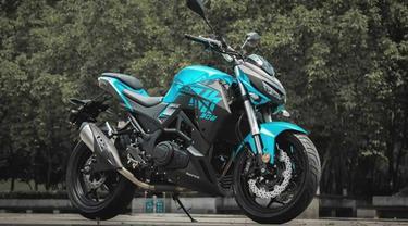 Motor Tiongkok yang memiliki desain seperti Kawasaki Ninja Z1000