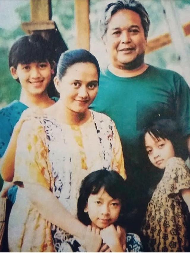 Beda Penampilan Karakter Pemain Keluarga Cemara Dulu dan Kini ...