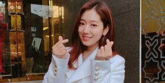 Selain berbakat dalam dunia akting, Park Shin Hye juga jago dalam dunia musik. Ia pernah duet dengan Yong Junhyung di lagu My Dear. (Foto: instagram.com/ssinz7)