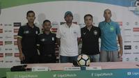 Konferensi pers jelang laga PSMS Medan dan PSIS Semarang. (Liputan6.com/Reza Efendi)