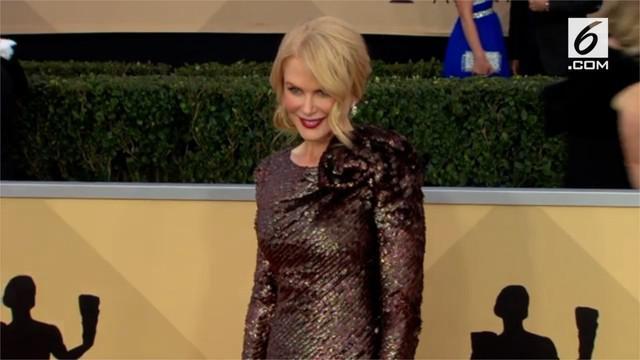 Nicole Kidman dan sederet artis Hollywood lain menghadiri ajang penghargaan SAG Awards.