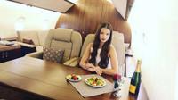 Perusahaan Ini Tawarkan Jasa Foto di dalam Jet Mewah