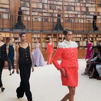 Presentasi pertama Virginie Viard di Chanel Couture Show