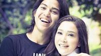 Maia Estianty mengunggah foto bersama El Rumi (Instagram/@maiaestiantyreal)