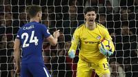 Kiper Chelsea, Thibaut Courtois, mengaku segera memperpanjang kontrak dan tak memiliki rencana untuk hengkang ke Real Madrid. (Adrian Dennis/AFP)