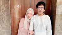 Ayus Sabyan dan Istri (Sumber: Instagram//ririe_fairus/)