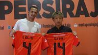 Gelandang asal Jepang, Shori Murata (27 tahun) dan Leonardo Lelis (27) asal Brasil resmi gabung Persiraja Banda Aceh. (Bola.com/Gatot Susetyo)