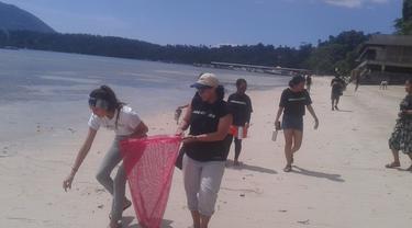 Pandemi Covid-19 telah melumpuhkan sektor pariwisata Bunaken, meski daerah ini nihil kasus positif.