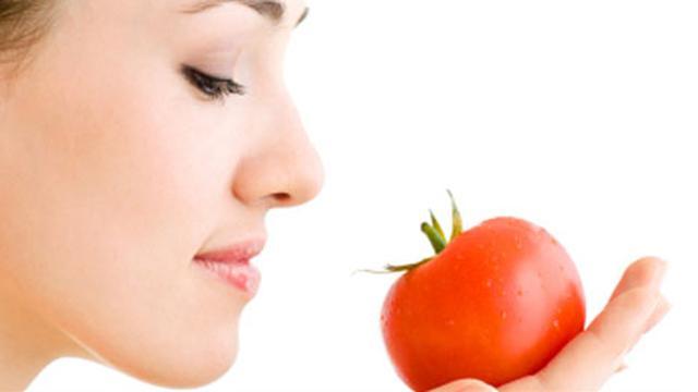 7 Cara Membuat Masker Tomat Untuk Jerawat Jaga Kecantikan Kulit Wajah Hot Liputan6 Com