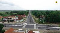 Perbaikan Jalan Nagreg-Rajapolah, Jawa Barat, mulai dari Km 43,2 hingga Km 92,2 dengan skema Padat Karya Tunai (PKT) (dok: PUPR)