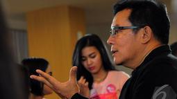 Mathias Muchus tidak segan membagikan pengetahuannya dalam dunia seni peran, Jakarta, Rabu (22/10/2014) (Liputan6.com/Faisal R Syam)
