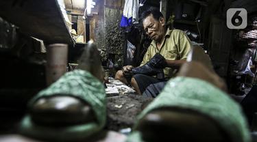 FOTO: Perjuangan Industri Sepatu Rumahan di Tengah Pandemi COVID-19