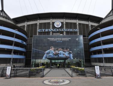 FOTO: Manchester City Mulai Mempersiapkan Pesta Juara Premier League