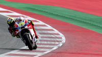 Andrea Iannone berhasil juara MotoGP Austria (JOE KLAMAR / AFP)