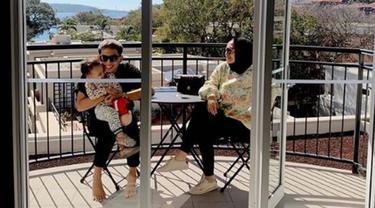 Kebersamaan Rachel Vennya, Niko, dan Xabiru Saat Berlibur di Australia