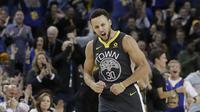Stephen Curry membuat 10 tembakan tiga angka (AP)