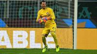 Daniele Padelli menjadi bintang kemenangan Inter Milan ketika berhadapan dengan Pordenone pada babak 16 besar Coppa Italia. (doc. Inter Milan)