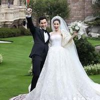 Sandra Dewi bersama suami (Istagram/sandradewi88)