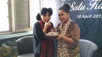 Anne Avantie berkolaborasi dengan Dapur Cokelat untuk membuat produk cokelat bertajuk Cokelat Cinta Indonesia, penasaran?