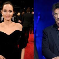 Angelina Jolie dan Sean Penn sepertinya miliki hubungan yang semakin dekat. Kemungkinan mereka pun bisa menjadi lebih dari sekedar teman. (Rex/Shutterstock/HollywoodLife)