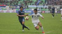 Duel uji coba Arema Vs PSIS di Stadion Gajayana, Malang, Kamis (4/1/2018). (Bola.com/Ronald Seger Prabowo)