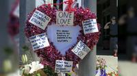 Lebih dari 2.000 orang menghadiri acara peringatan di Hollywood Transit Center, tempat terjadinya serangan yang menewaskan dua pria saat mencoba melindungi remaja berhijab dari serangan verbal (AP)