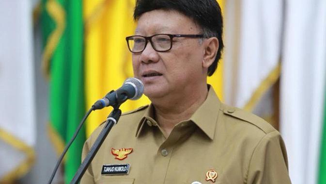 Belum Tahu Namanya Masuk Timses Jokowi, Tjahjo Kumolo Siap ...
