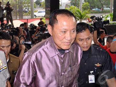 Menkum HAM Amir Syamsuddin mendatangi gedung KPK, Jakarta, Selasa (26/8/2014) (Liputan6.com/Miftahul Hayat)