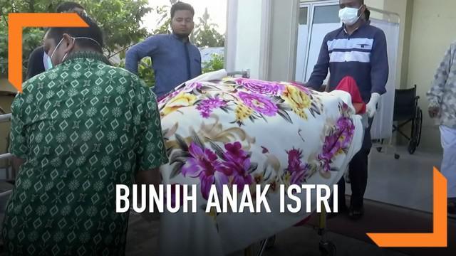 Seorang suami membunuh istri dan kedua anaknya di dalam rumah. Seorang anak lain berhasil kabur dan mendapat pertolongan warga.