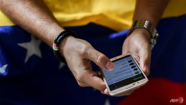 Jaringan internet dan situs pemerintah lumpuh akibat serangan siber di Venezuela (AFP)