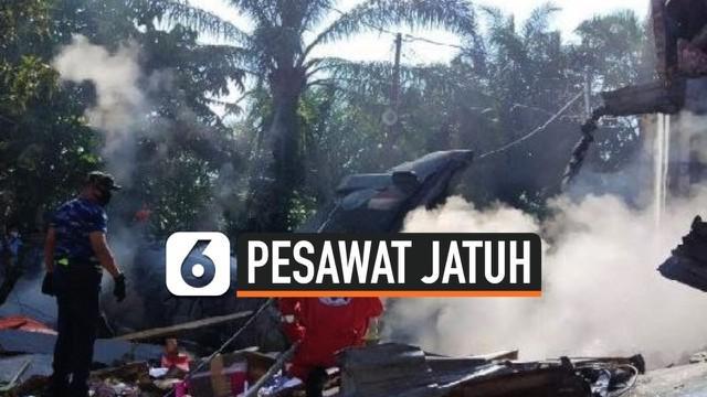 Kecelakaan pesawat tempur milik TNI Angkatan Udara terjadi di Riau Senin (15/6) pagi . Pesawat jatuh di daerah permukiman.