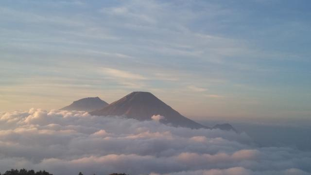 6 Gunung Indonesia yang Tutup Sementara Awal Tahun 2021