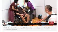 Potret salah satu populasi lanjut usia (lansia) yang mengikuti vaksinasi COVID-19 di Singapura pada Senin, 22 Februari 2021. (Foto: Situs Channel News Asia)