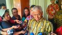 Komisioner Kompolnas Bekto Suprapto menyambangi Kemenkopolhukam, Jumat (14/6/2019). (Liputan6.com/ Nanda Perdana Putra)