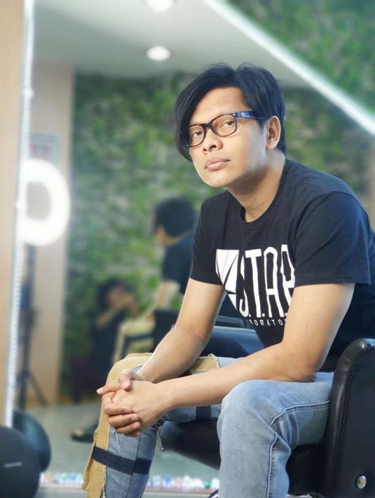 Armand Maulana, salah satu musisi ternama Indonesia yang sudah terjun sejak lama. Mencapai di puncak kesuksesannya seperti sekarang ini, tentu Armand telah melewati jalan yang berliku juga. (Instagram/armandmaulana04)